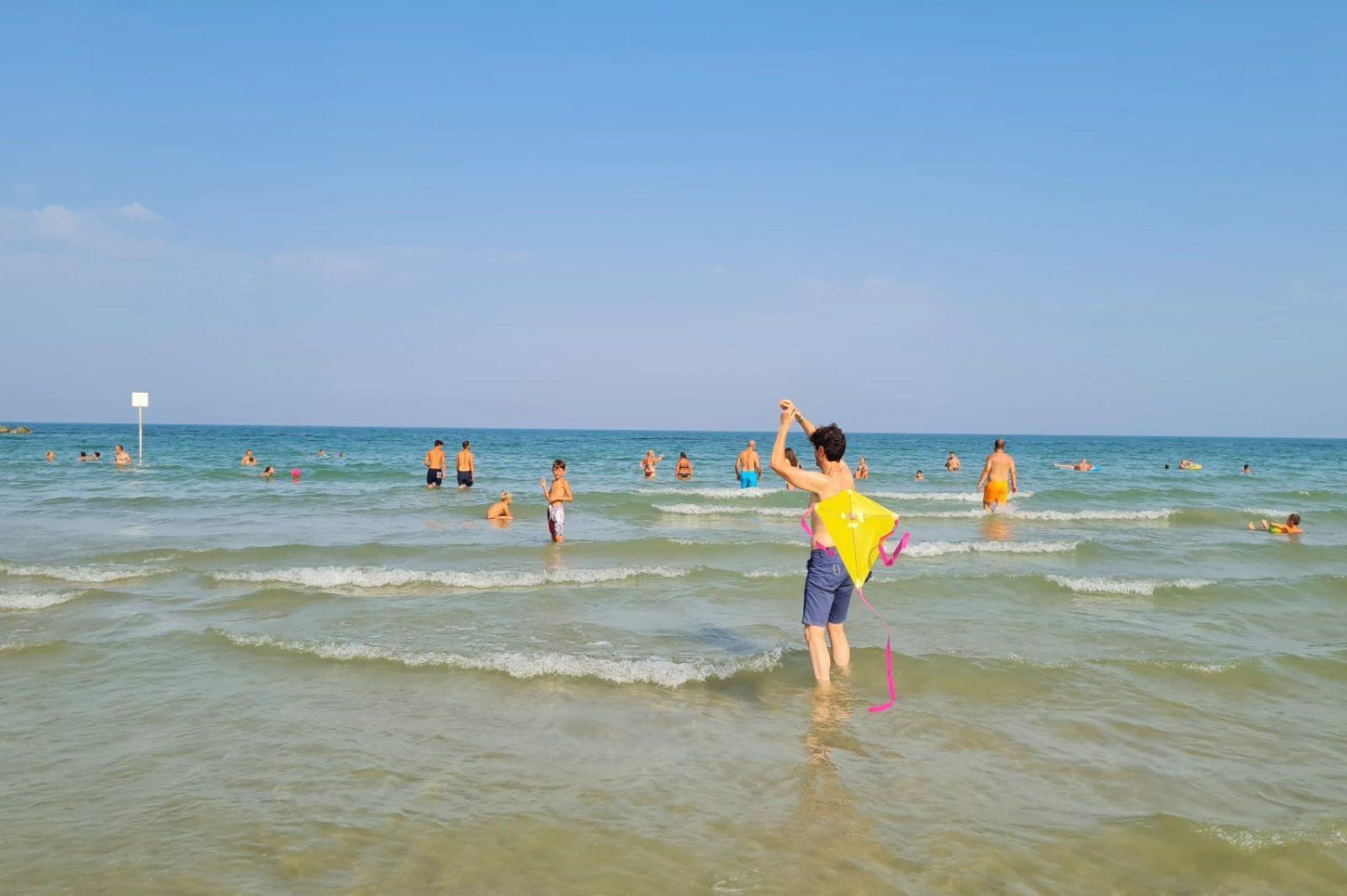 spiaggia hotel haway